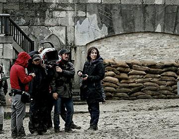 Personal de rodaje en una grabación de la película Gernika en Bizkaia