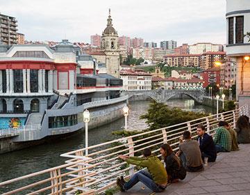 Vistas de la Ría de Bilbao y Bilbao La Vieja
