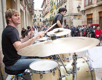 Concierto callejero en el Casco Viejo de Bilbao